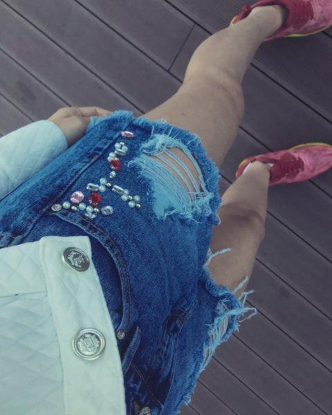 Къси дънкови панталонки с камъни